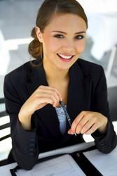Компании по продаже информационных продуктов  требуется сотрудник
